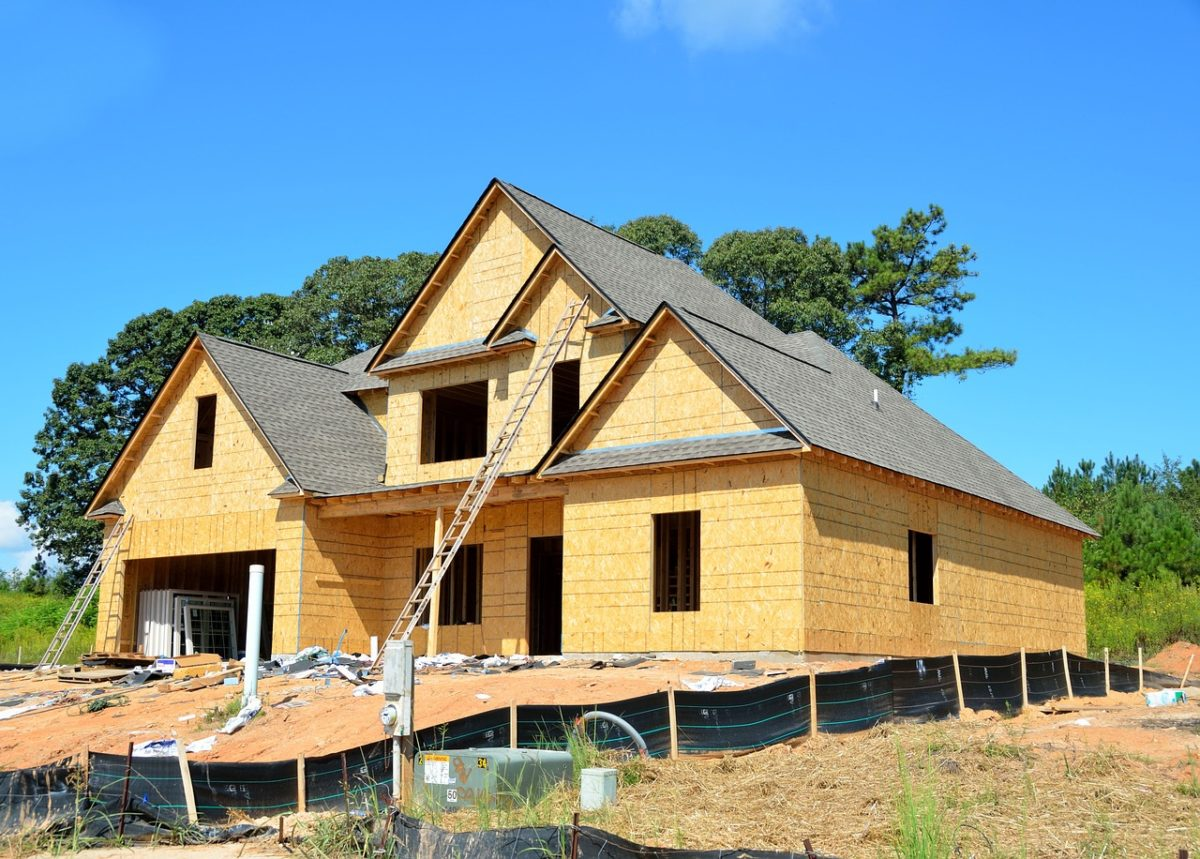 Ściśle z bieżącymi regulaminami świeżo tworzone domy muszą być gospodarcze.